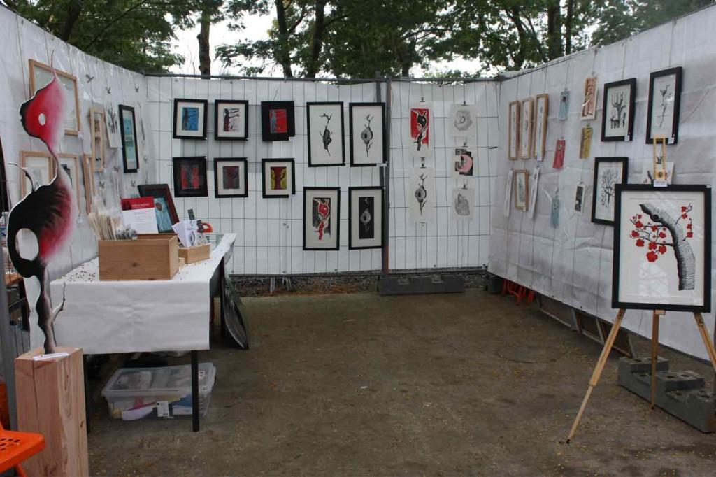 Présentation de mon stand et de mes productions artistiques.