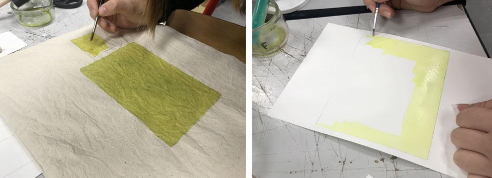 Le tissu et papier sont enduits de produits cyanotype.